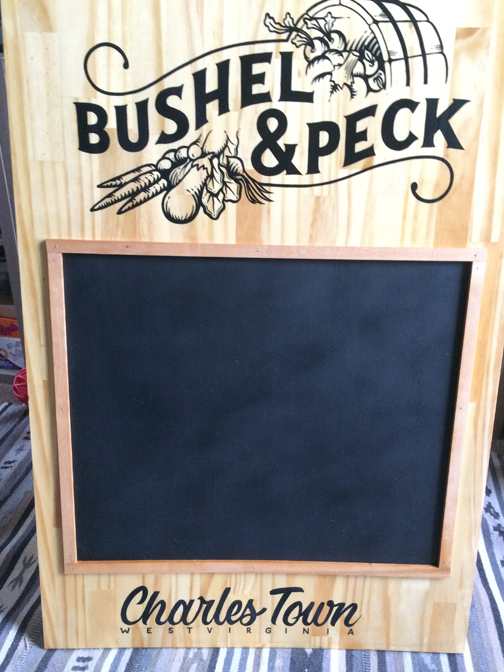 WEB-bushelandpeckblack