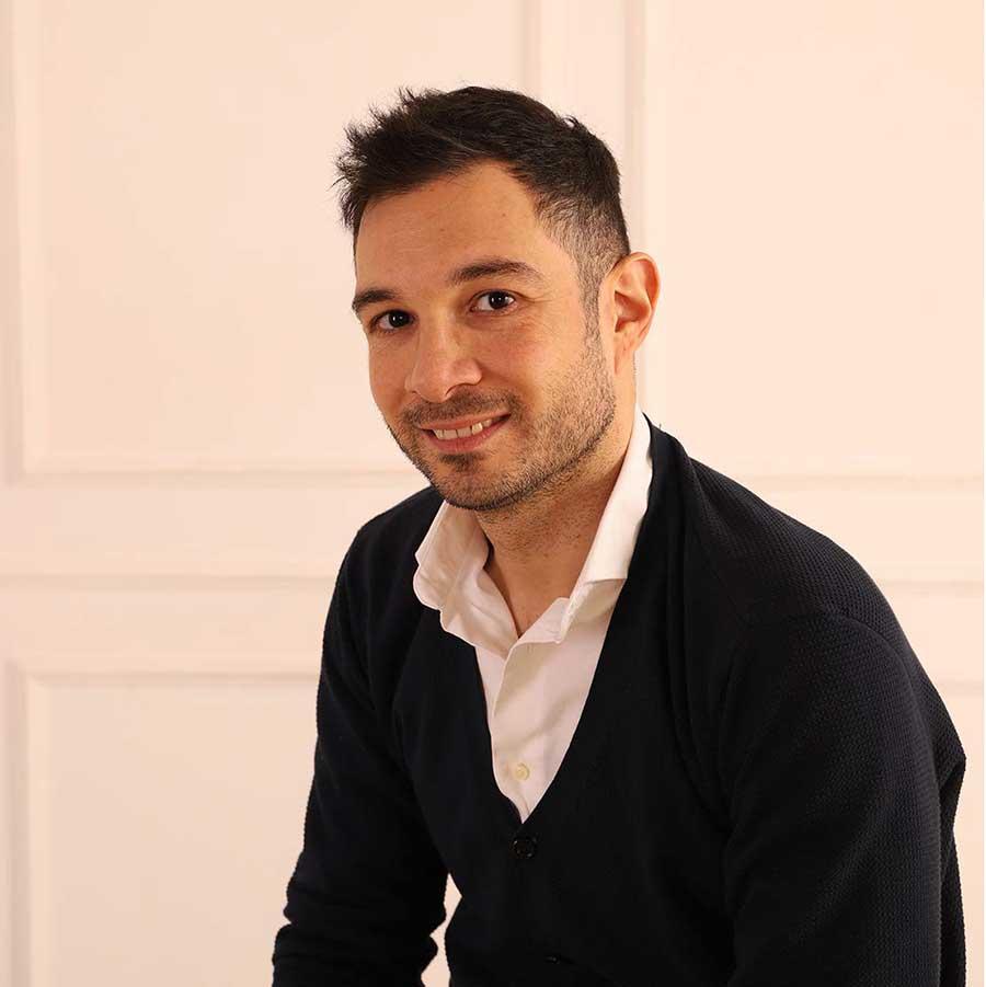 Giuseppe_Astorino_-_Sales_Director_Italy_900x900