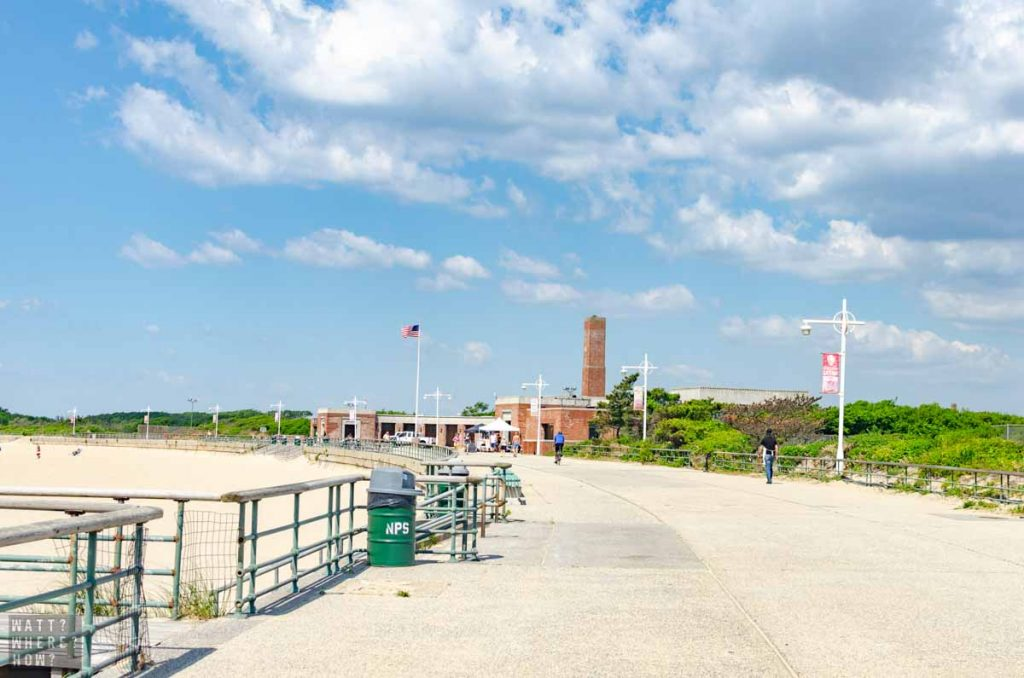 Jacob Riis Beach and park is one of the best beaches close to New York CIty.