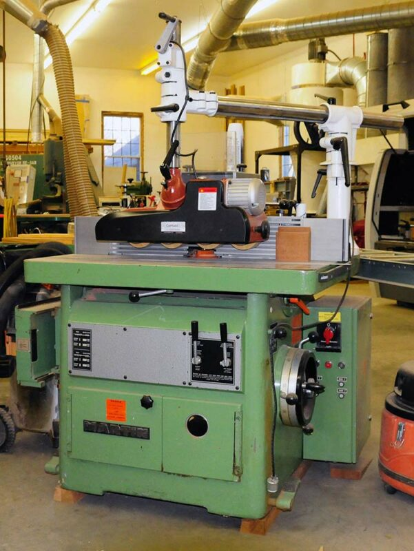 Martin Sliding Shaper with Comatic DS 300 Easy Feeder