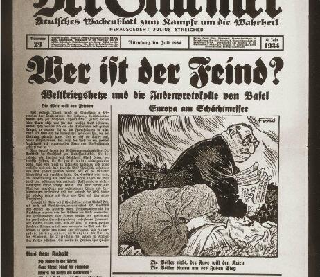 """Le journal Der Stürmer avec comme titre """"Qui est l'ennemi?"""" et plus bas une citation disant """" Pas les nations, mais les Juifs veulent la guerre: Pour que le Juif gagne, les nations saignent"""""""