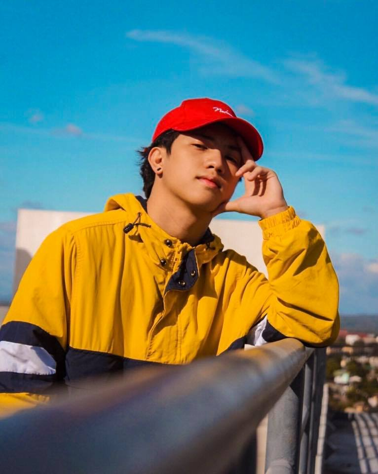 Ranz Kyle yellow hoodie