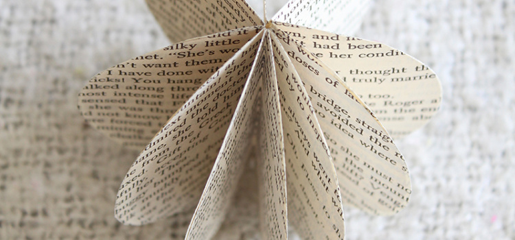 Learn how to make this simple paper orb from old book pages. You could also use old newspaper, magazines, flyers - or any other paper product!