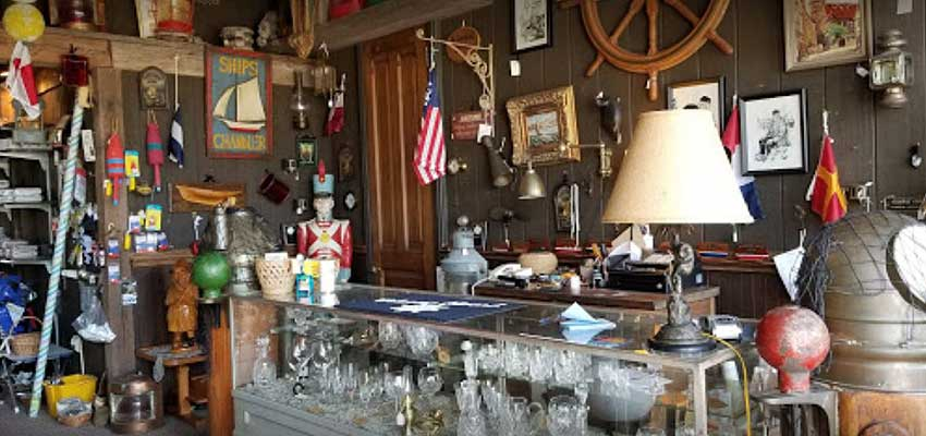 brass anchor ship store in pentwater, michigan