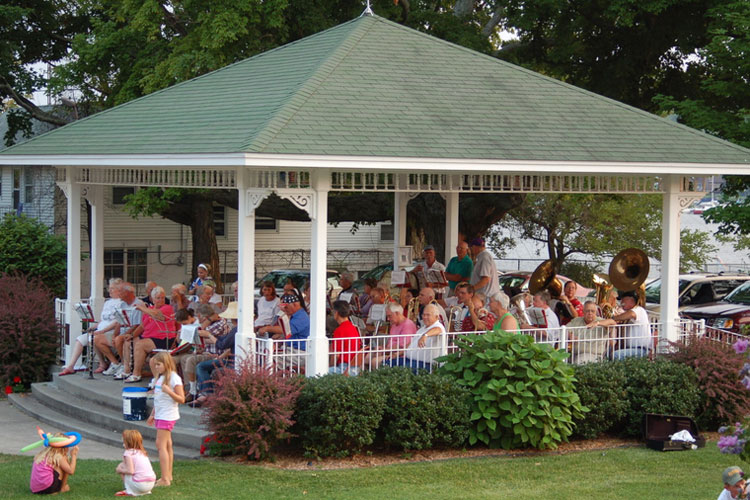 village green pavilion pentwater michigan