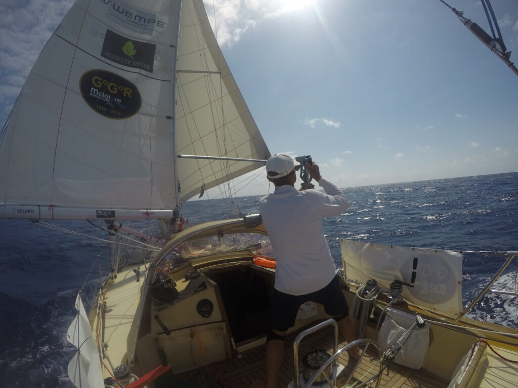 Shooting the sun during downwind sailing