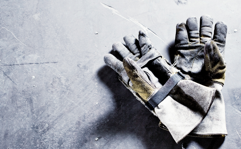 Finding the Right Gloves for the Job: Manual Labor and Civic Maintenance Professionals