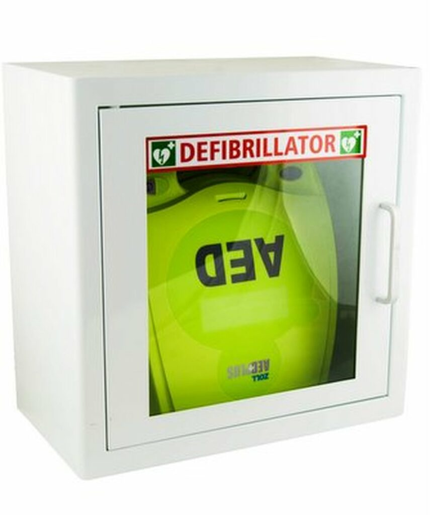 Zoll AED Unit in display case