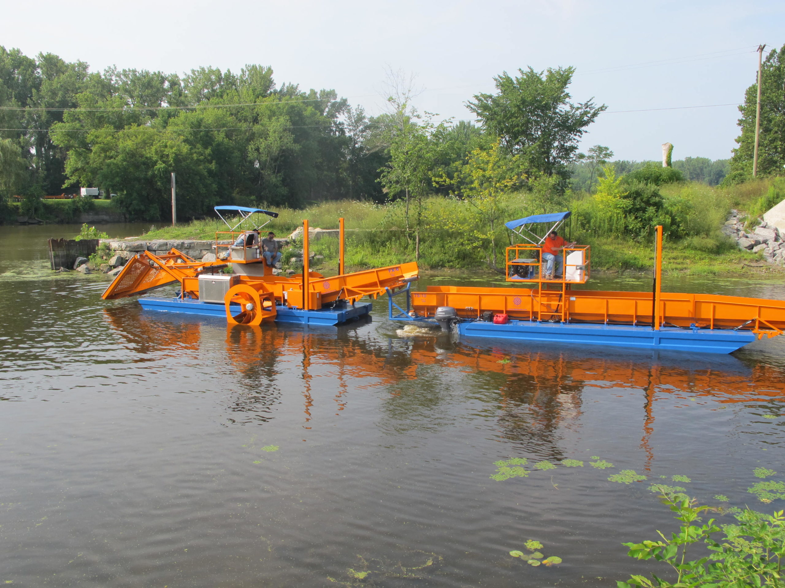 Alphaboats FX6 Waterweed Harvester and Alphaboats Transport TS14