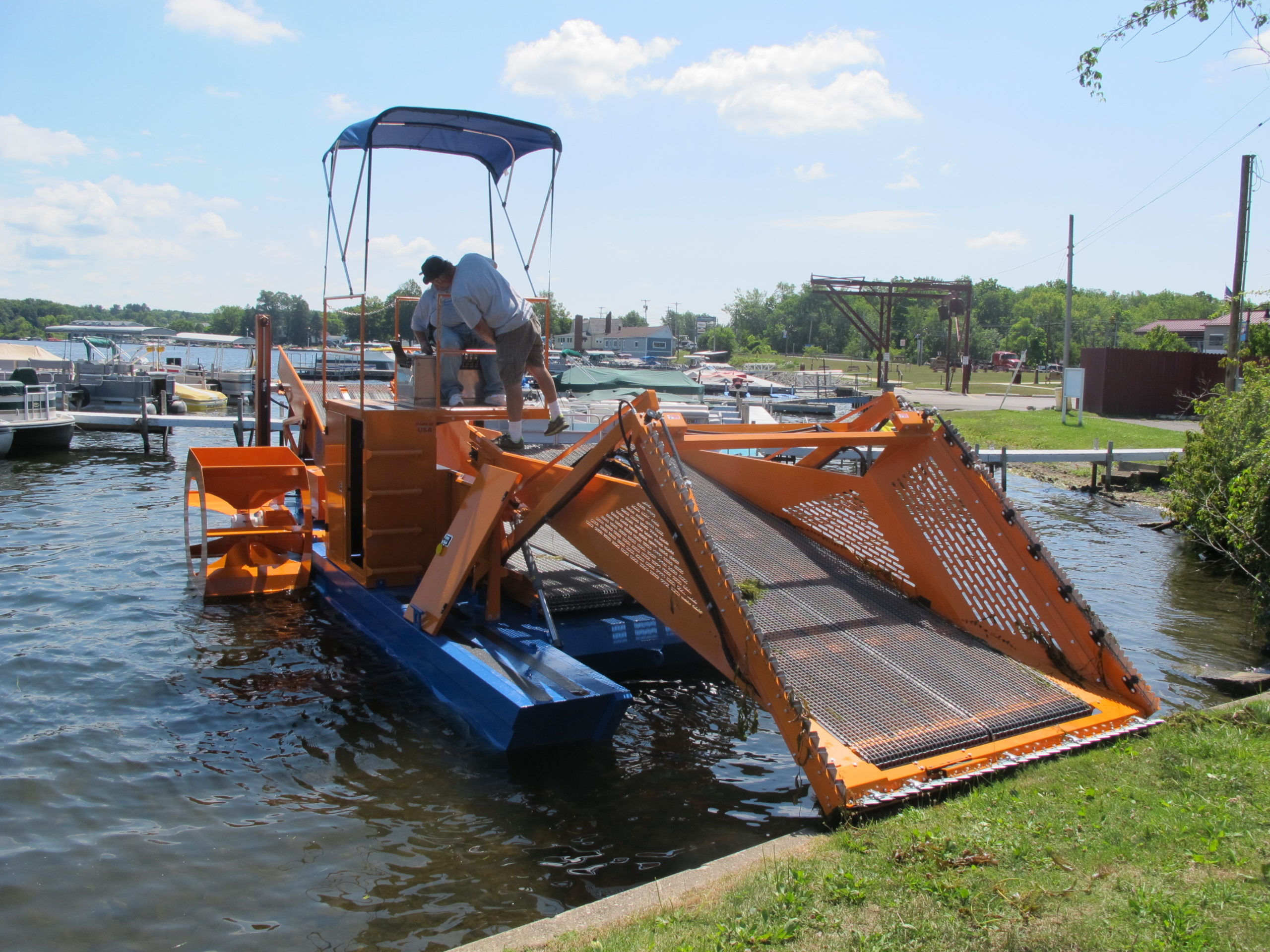 Alphaboats FX7 Waterweed Harvester at Shoreline