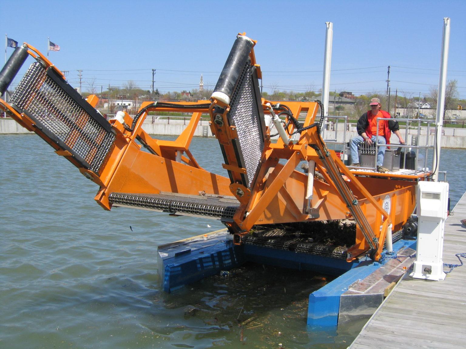 MC 202 at the dock
