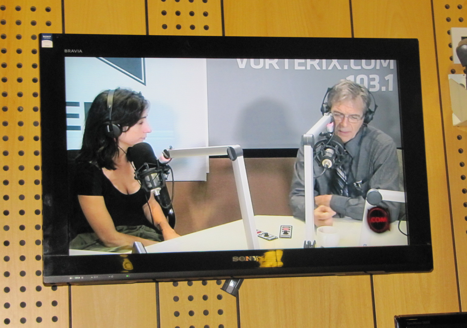 Chris Conrad being interviewed on Chilean National Radio, 2014