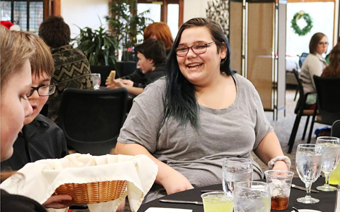 Muscatine students gather for meaningful United Way Christmas party