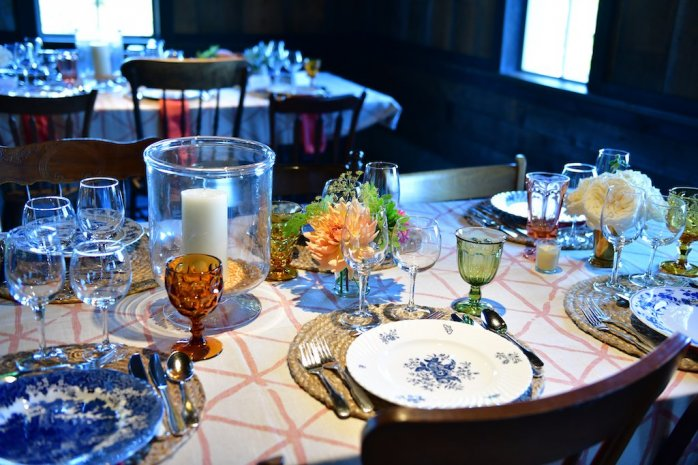 table-setting-close-up-wide