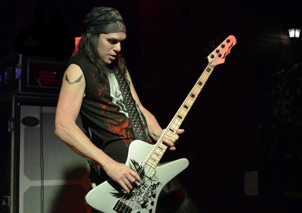 elliott rubinson bass guitar