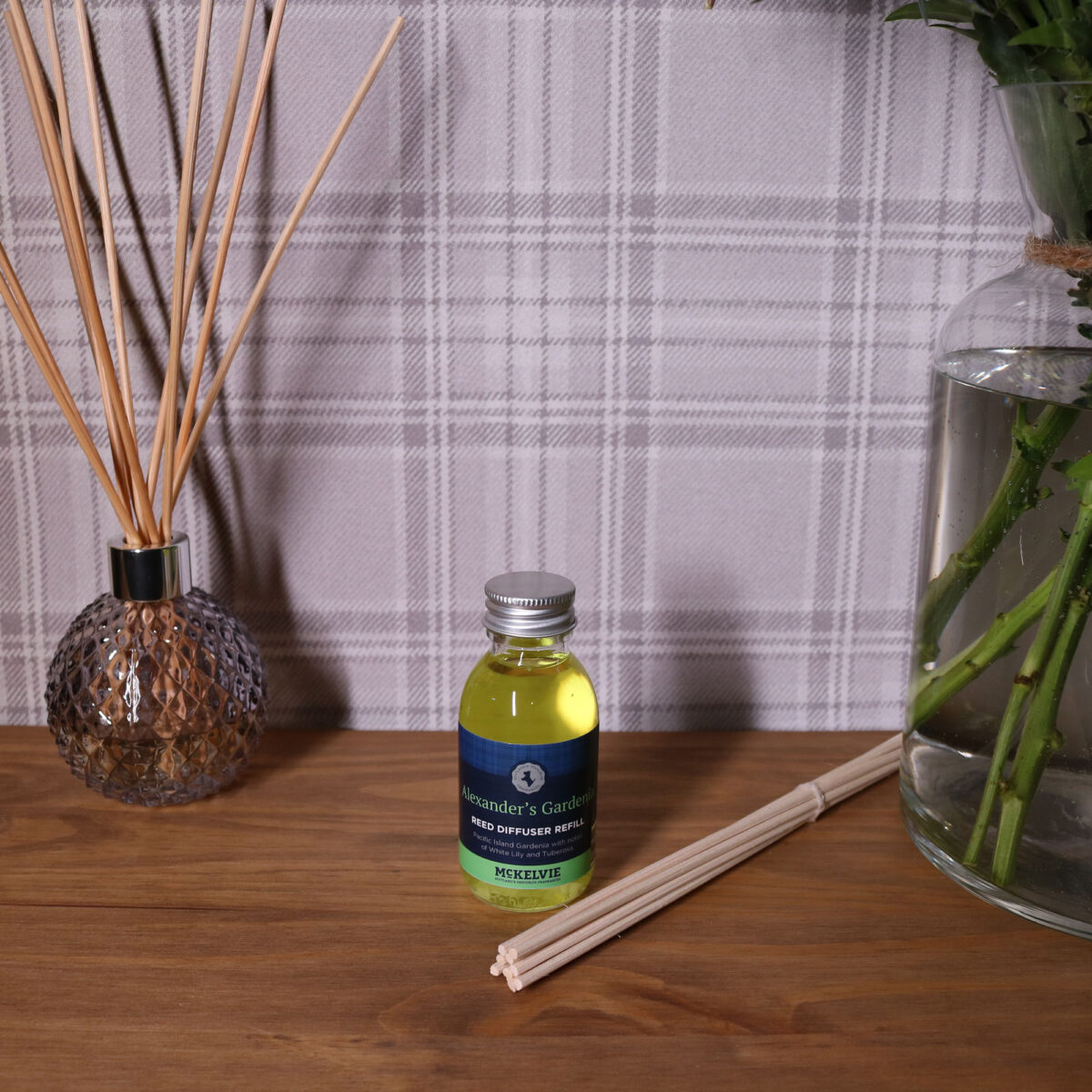 Alexanders Gardenia Reed Diffuser Refill