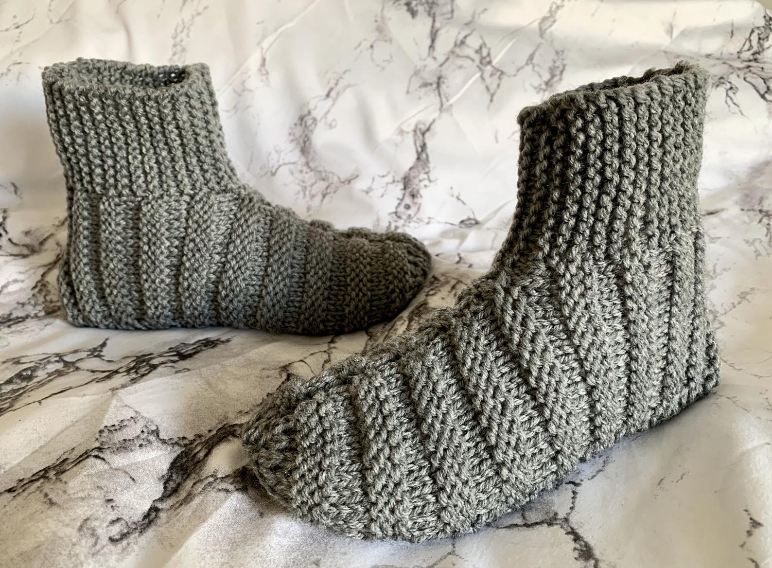 Hand Knit Adult Booties – Free Shipping to the USA!