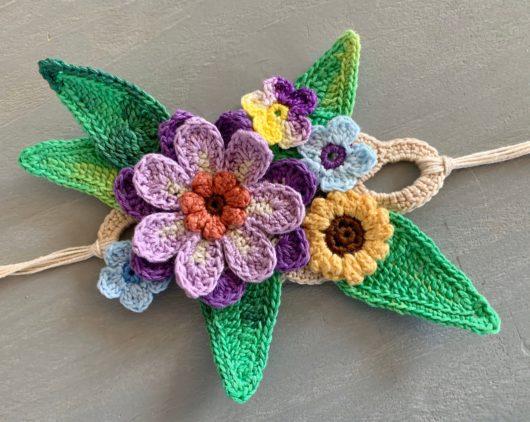 Chic Crochet Flower Bracelet Bangle Cuff