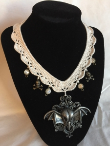 Crochet Victorian Necklace