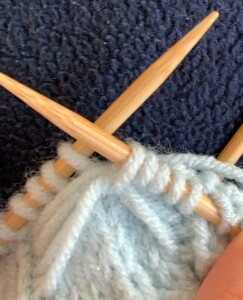 Making the Bow - How to Knit Fingerless Bow Gloves