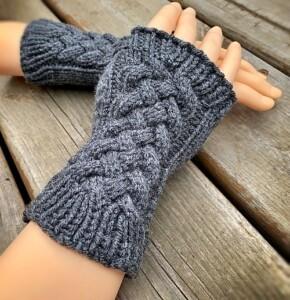 Cable Fingerless Gloves