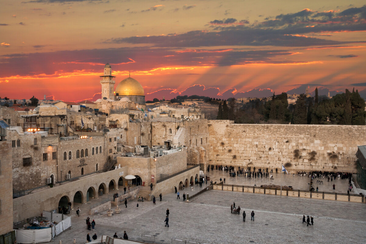 Will Israel Stand Alone With God?