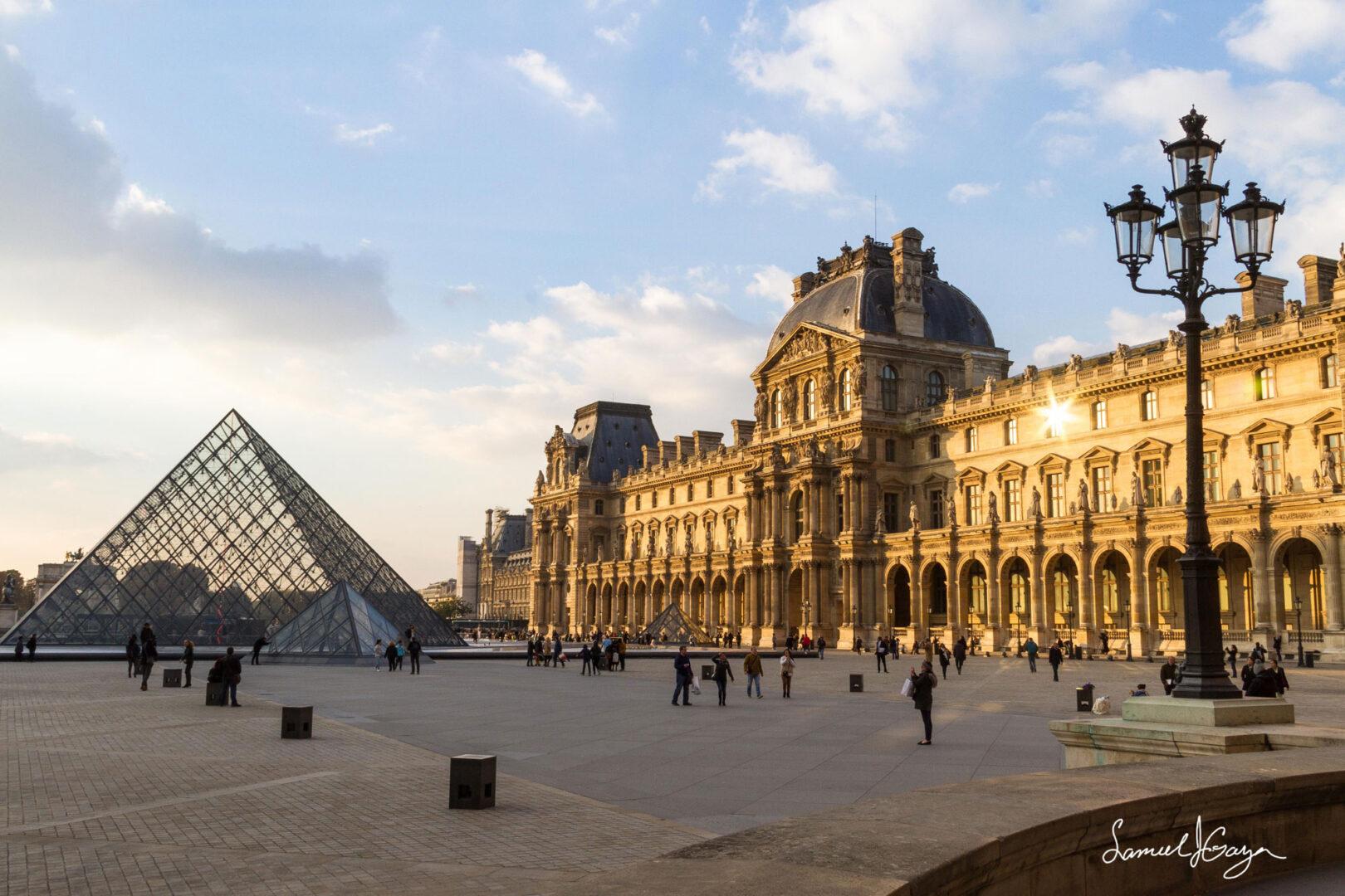 Louve Museum in Paris, France