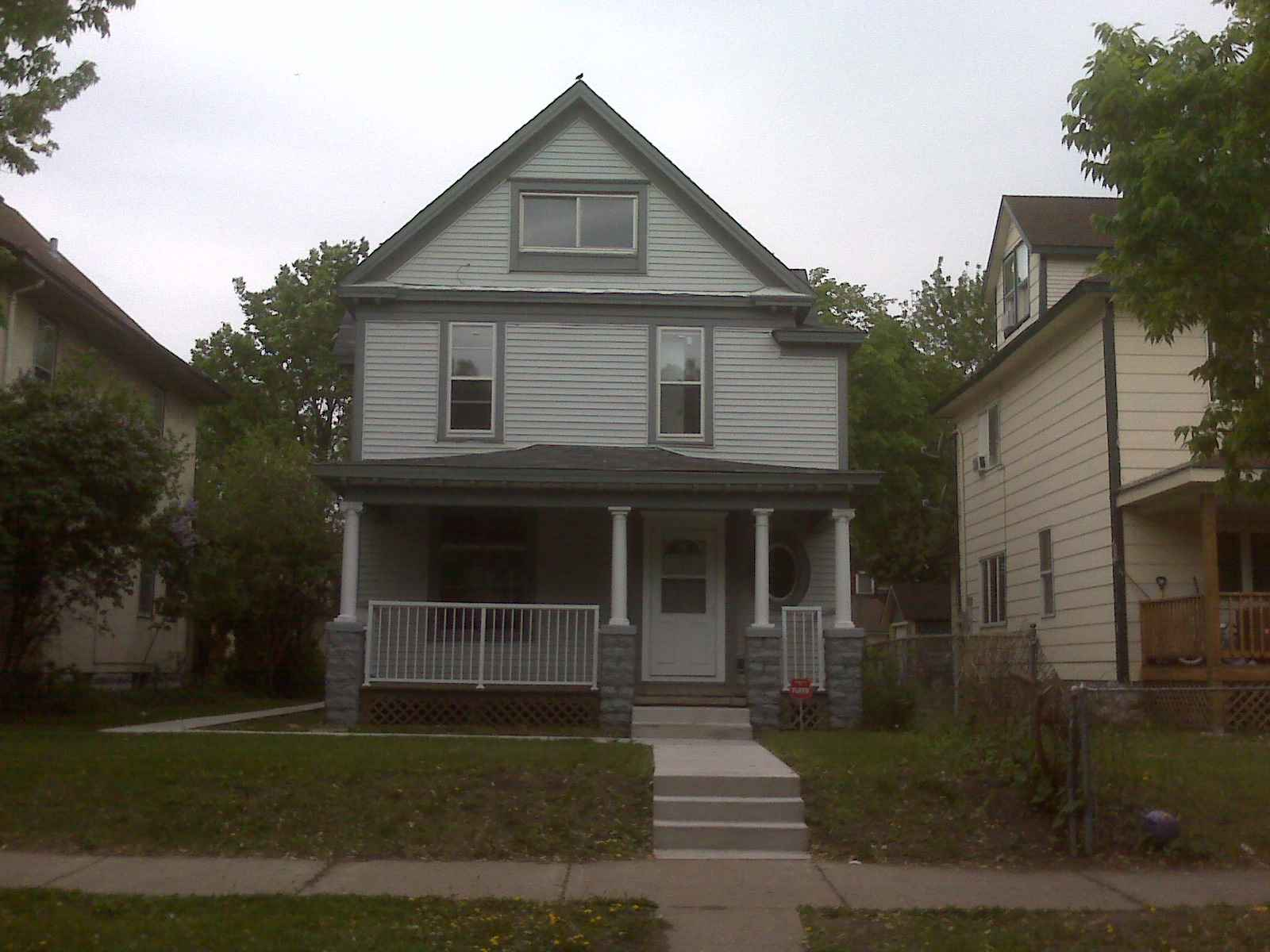 27XX 18th Ave S