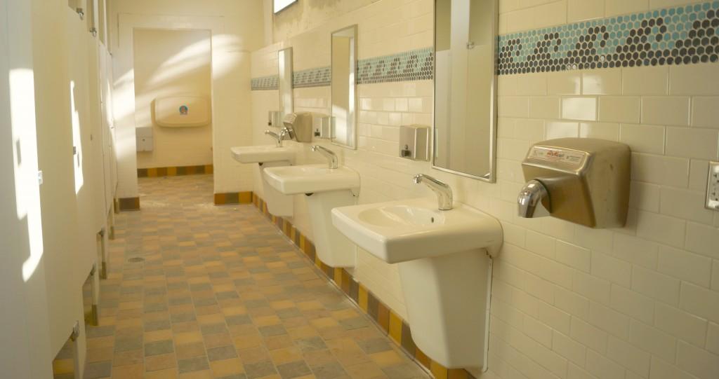 Davis Islands Roy Jenkins Pool Changing Rooms