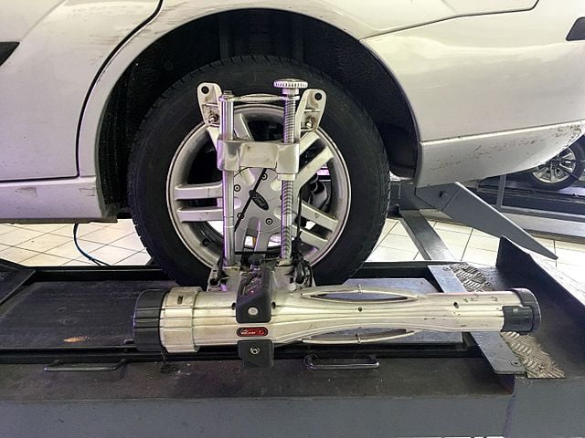 Wheel Alignment on a Ford Focus