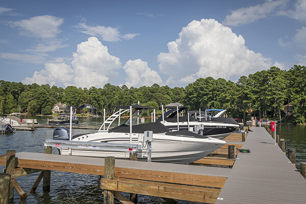 Top 5 Benefits Of A Boat Lift