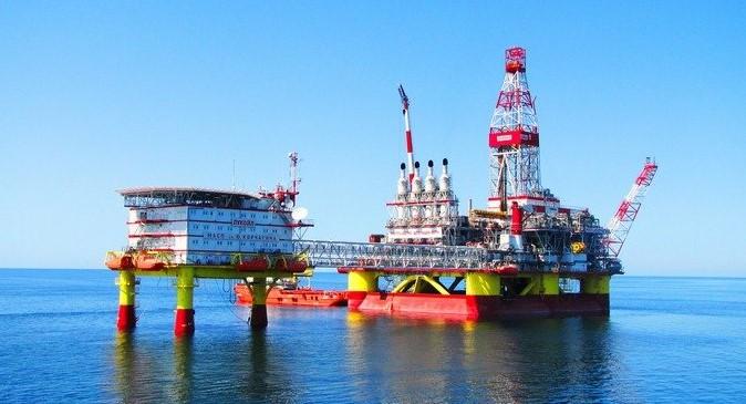 Lukoil - Rig in Eastern Part of the Yury Korchagin Field - EnergyNewsBeat