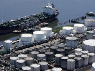 KinderMorgan Ship - EnergyNewsBeat.com