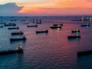 oil tankers at night - energynewsbeat