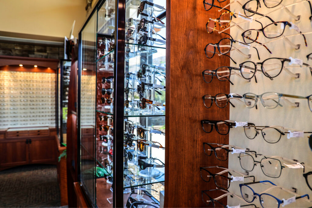 Kensington_Ophthamology_Glass_frame_selection-