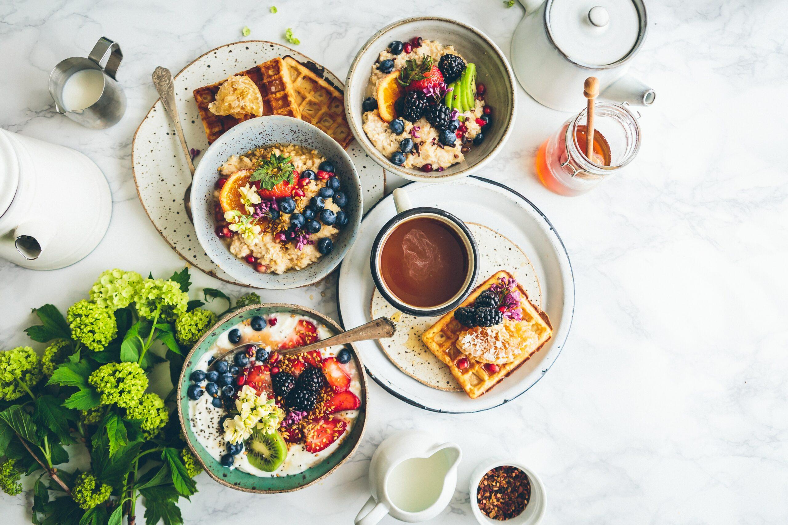 Members' monthly breakfast