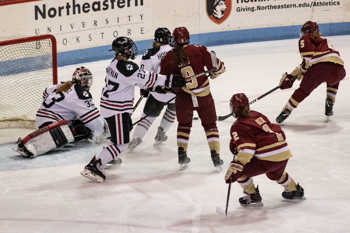 It's Women's Hockey Night In Boston