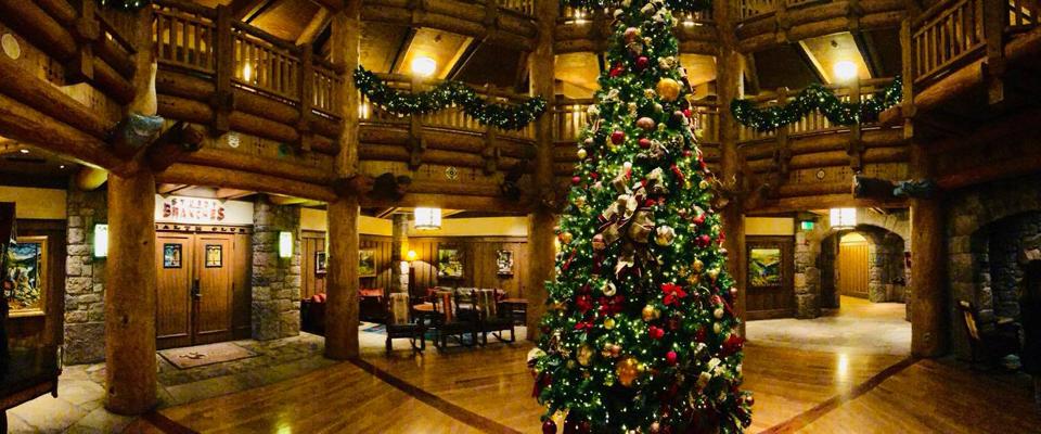 Walt Disney World Holiday Resort Tour
