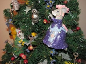 2009 tree - From the book Town Mouse, Country Mouse by Jan Brett