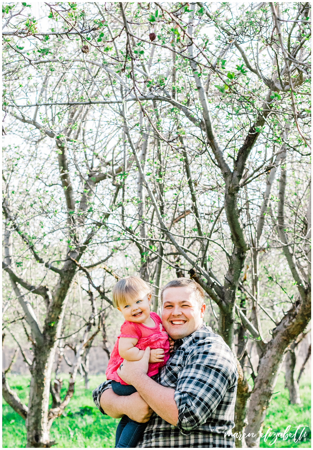 Daddy & Me mini session at the provo orchard with a toddler. I love taking pictures of toddlers because of their wiggly energy and huge personalities.   Gilbert Family Photographer   Maren Elizabeth Photography