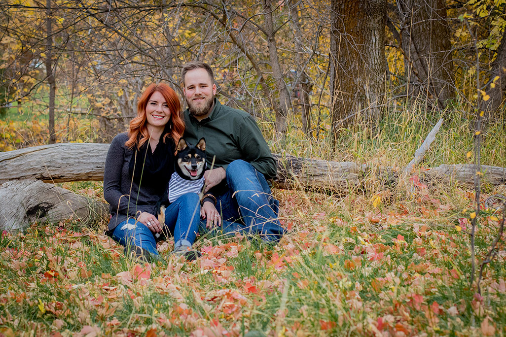 Couples pictures with dog at Jolly's Ranch in Hobble Creek Canyon in Utah. | Arizona Family Photographer | Maren Elizabeth Photography