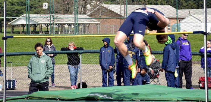 Tribune Chronicle – Falcons high jumpers reaching new heights