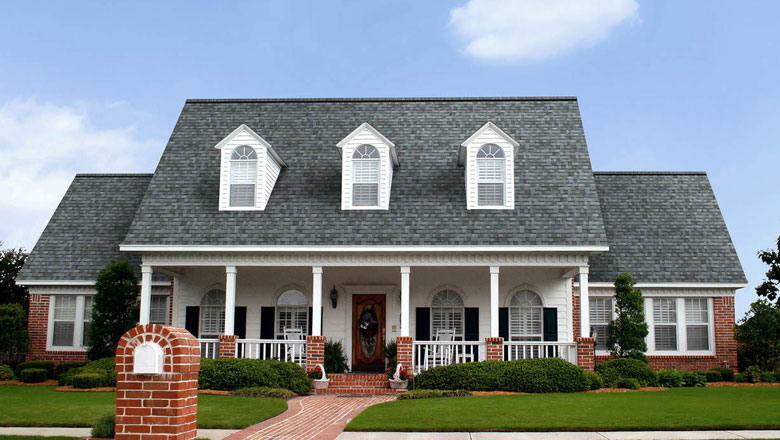 subtle gray shingles on roof in centennial