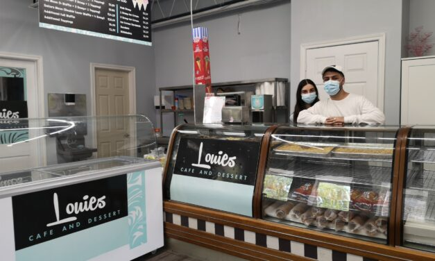 Louie's Cafe and Desserts Opens in Port Perry
