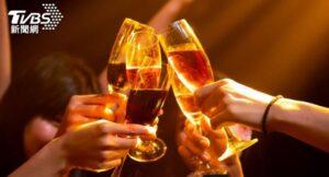 红酒白酒葡萄酒