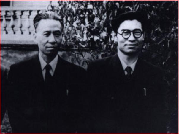 毛泽东利用高岗牵制刘少奇