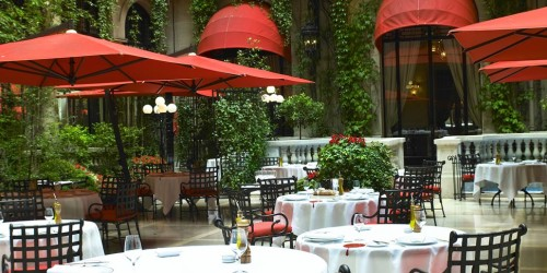 Hotel Plaza Athenee Paris courtyard