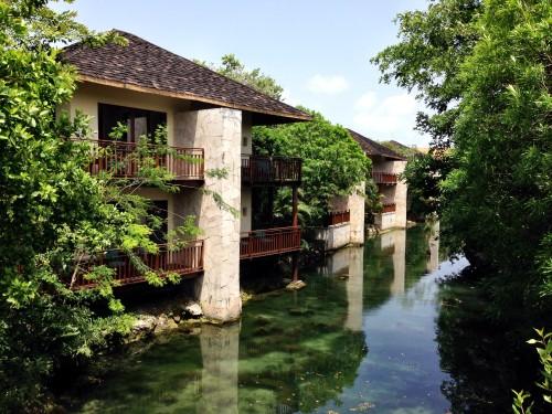 Fairmont Mayakoba lagoon