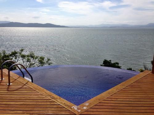 Emerald Villa.. views for days