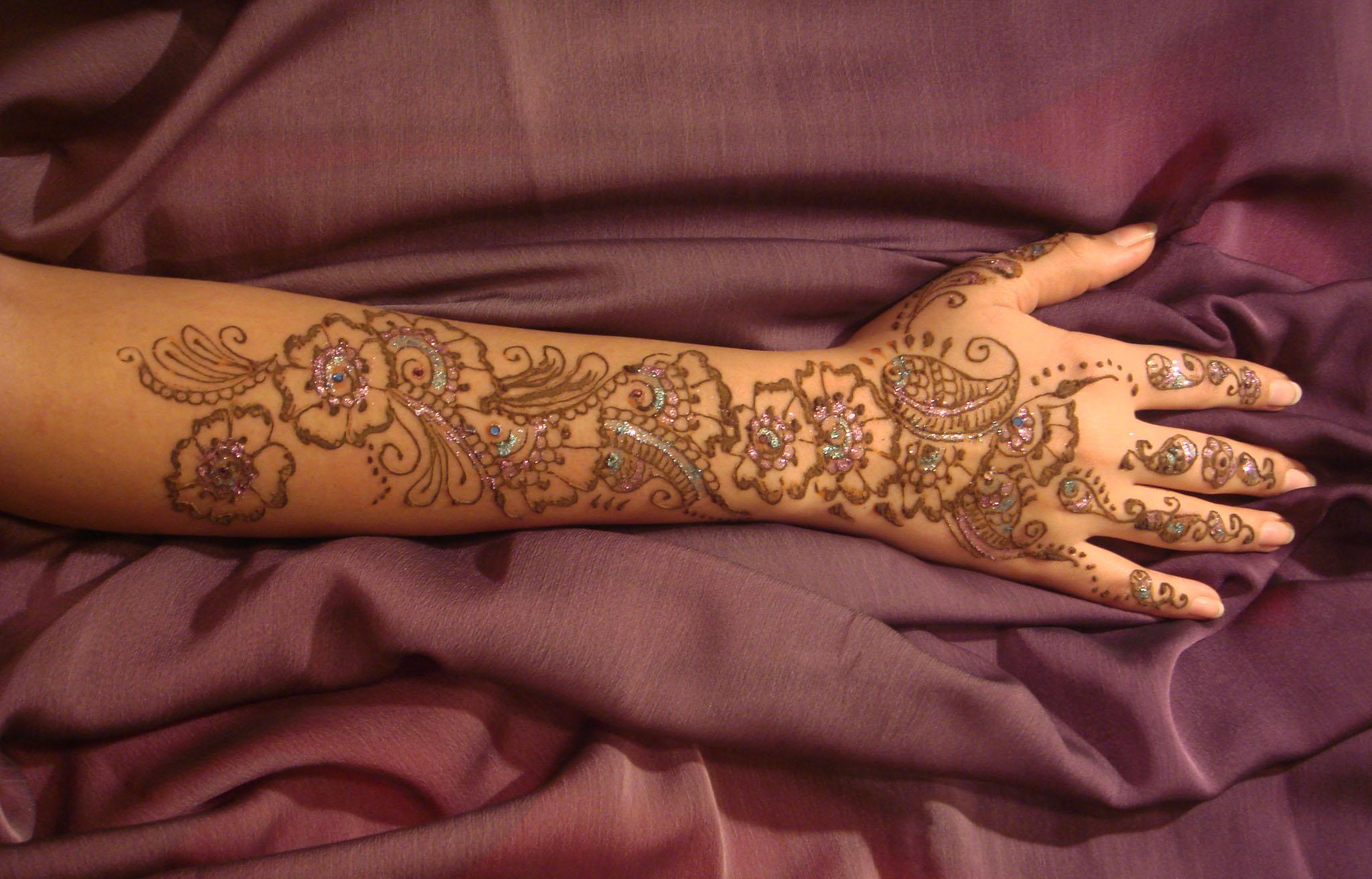 Henna by Amberesque8